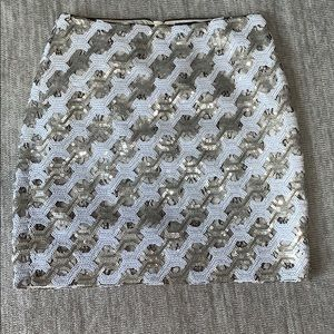 BR sequin skirt colored white and silver size 2